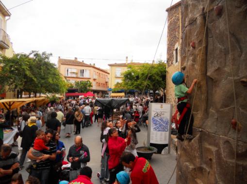 274 escaladors a la Fira de Pagès i Artesania